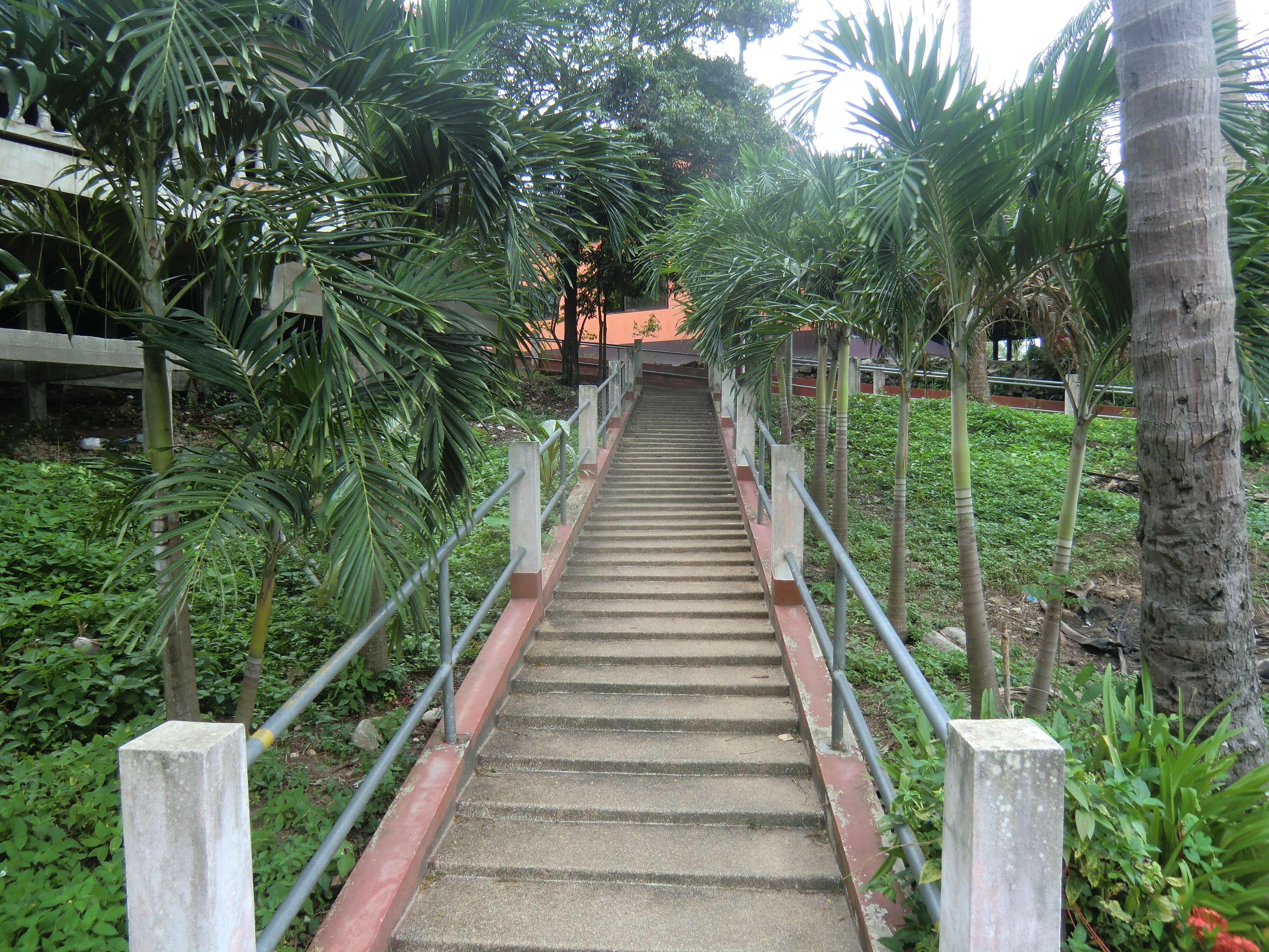 die Treppe zum Wat