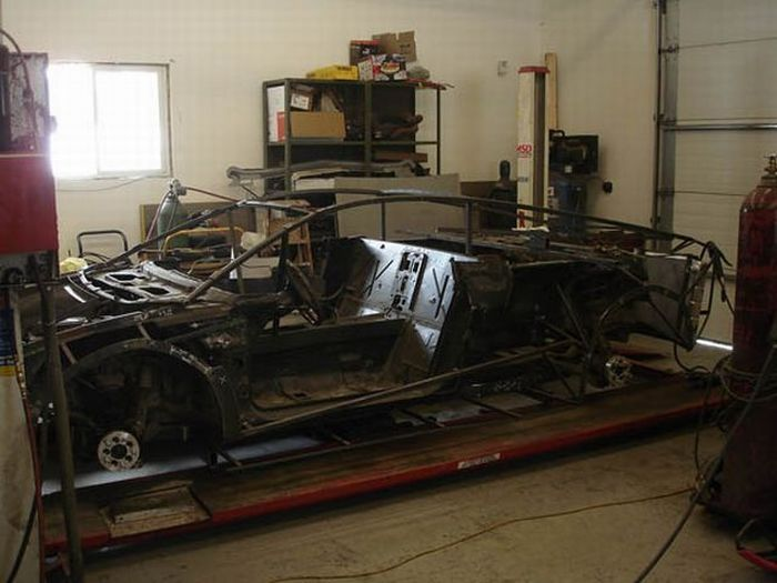 18084 - Convertir de Pontiac a Lamborghini Reventon
